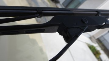 wiper2.jpg